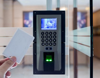 Two Clear Benefits of Contactless Access Control