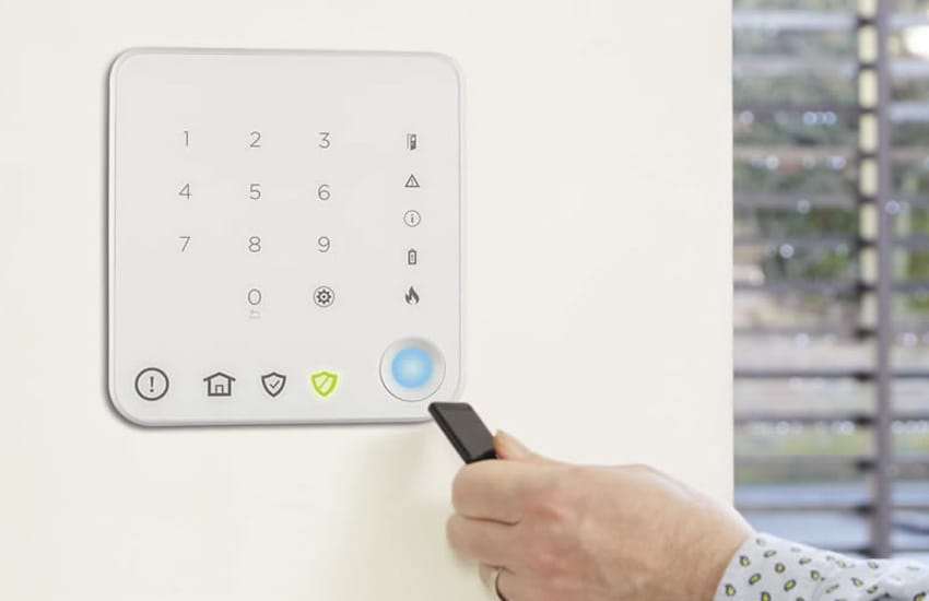 Wired vs Wireless Intruder Alarms – Which is Best?